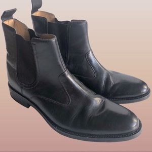 Cole Haan Chelsea leather pull on boots, size 10